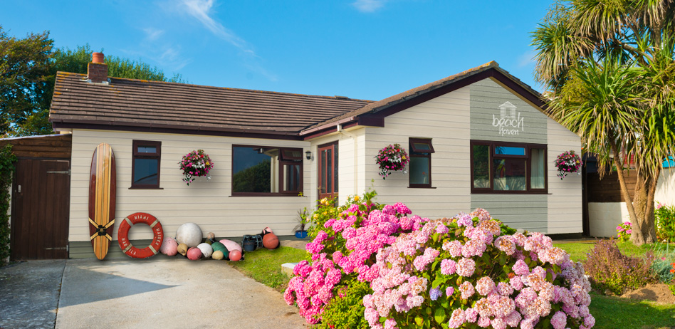 The Beach Haven holiday bungalow at Bude. Holiday Cottages Cornwall