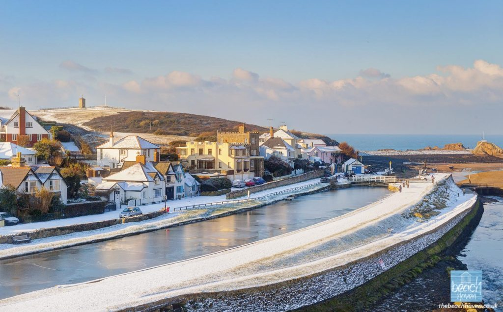 Bude Canal frozen over in the winter