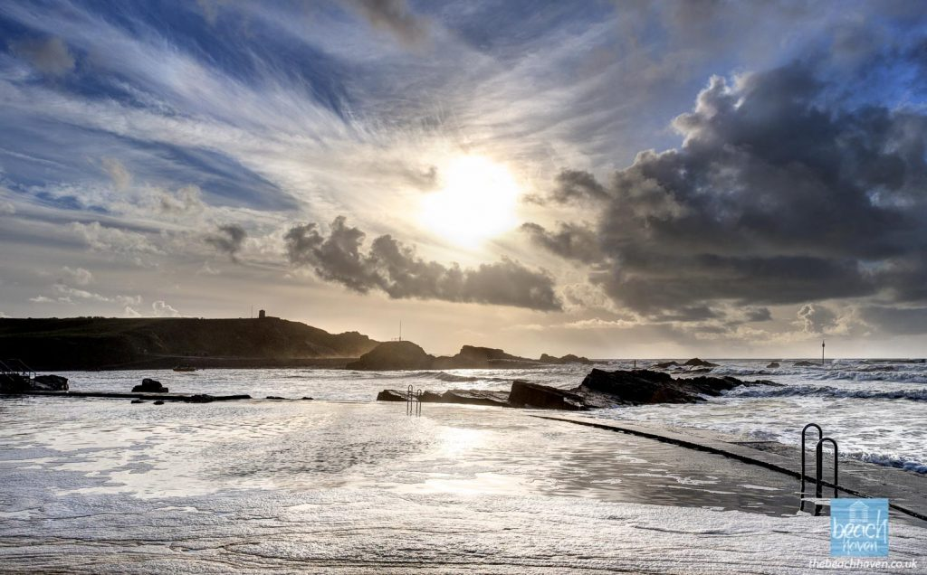 Winter afternoon at Bude Sea Pool