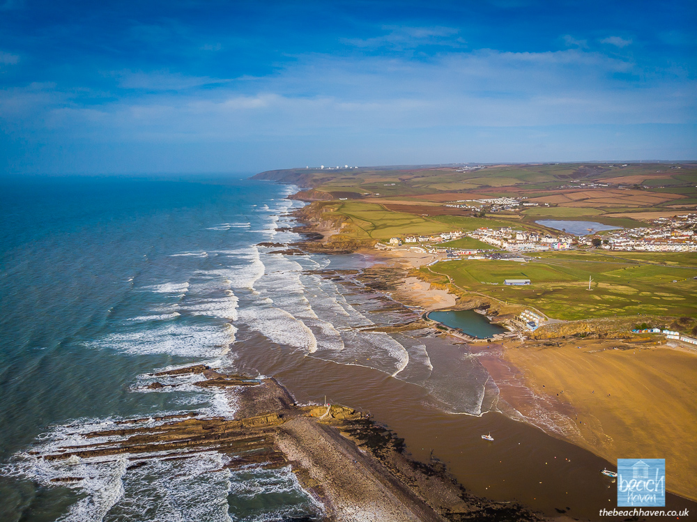 One of Bude's best viewpoints is from Compass Point looking north across the breakwater and Summerleaze beach to Morwenstow in the distance. This view is from a few hundred feet higher!