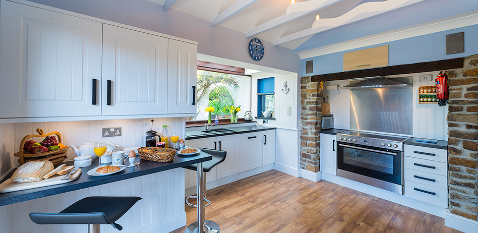The Beach Haven's new kitchen fitted in 2017