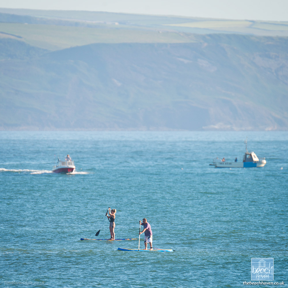 SUP boarding at Bude