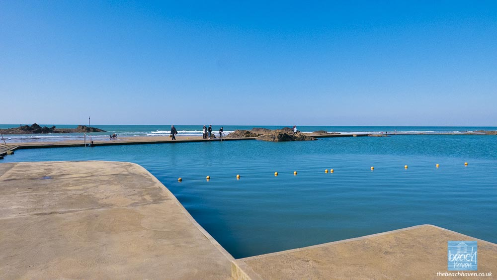 Bude sea pool - can it really be October?!