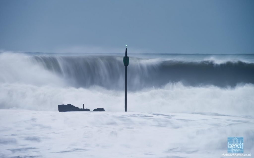 Winter swells behind Barrel Rock